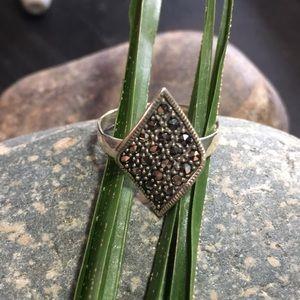 ✨ Vintage Silver Marcasite Diamond Shape Beauty, Stamped 🖤